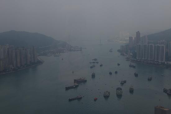 โลแตล นีนา เอ คองวองซิอง ซองทร์: 窗外的无敌景色