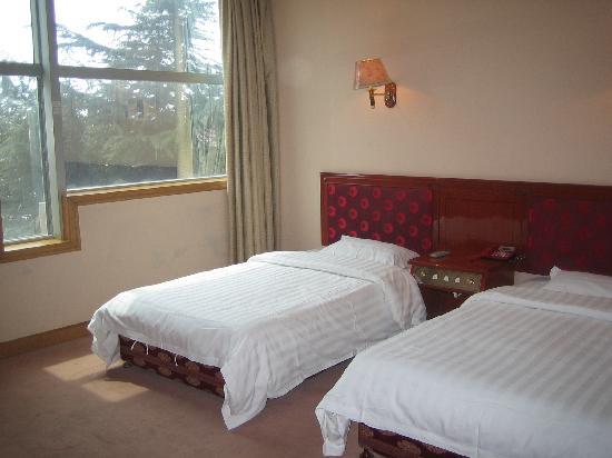 Longjia Hotel: getlstd_property_photo