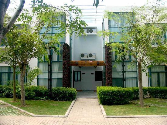 Luuhoo Service Apartment Sanya Seasky: 别墅外观