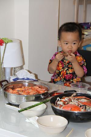 Beihai Seahouse Hostel: 自助海鲜大餐,羡慕吧