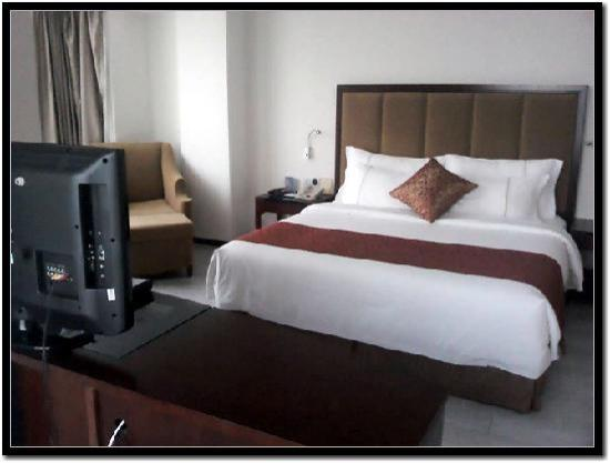 Baofa Happiness Hotel