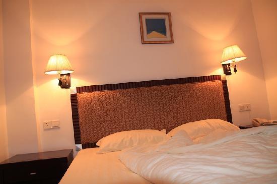 Jinkaixuan Hotel: 睡床