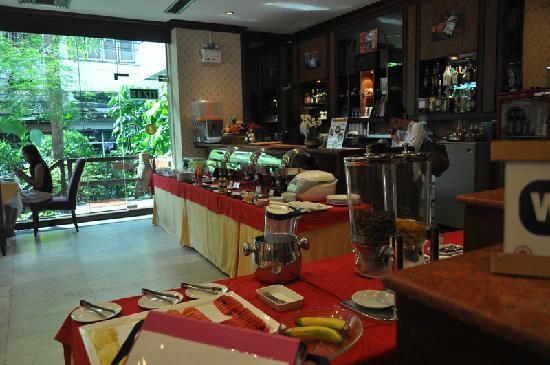 โรงแรมสีลม ซิตี้: 早餐