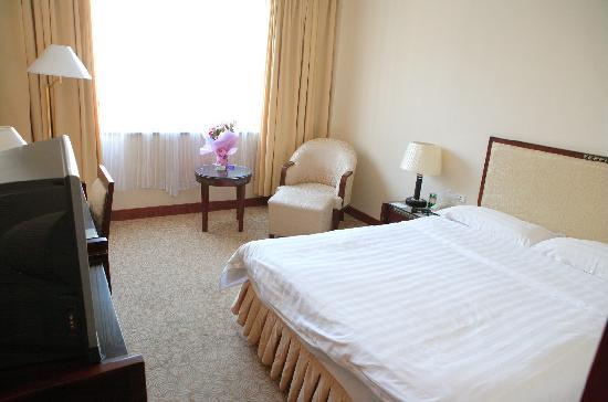 Sunjoy Inn (Xinzu Binguan): JZJ7`6%BWIG1B7B104P]${O