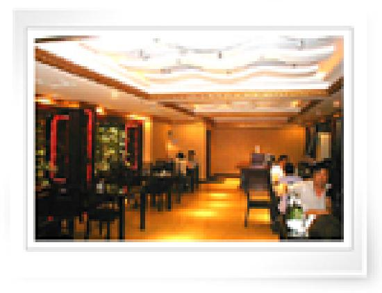 Champs Elysees Business Hotel: 餐厅