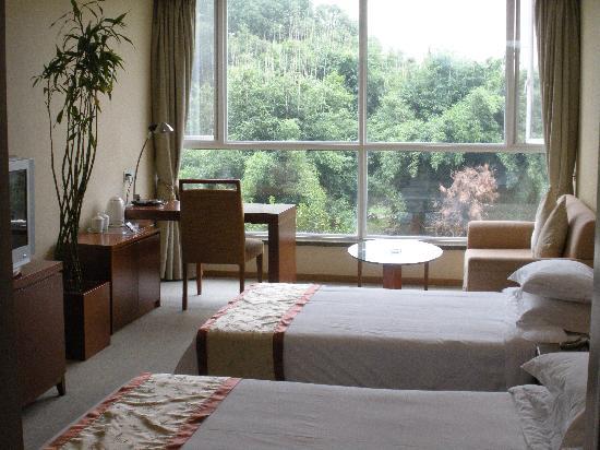 Bamboo Garden Hotel: 高级园景房