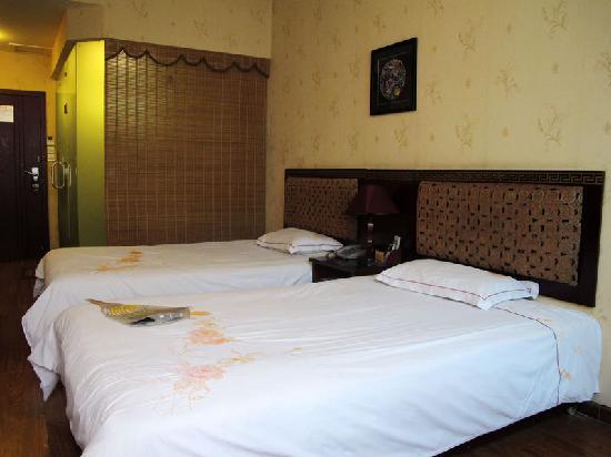Jinli Ziyoushi Hotel: 客房全貌