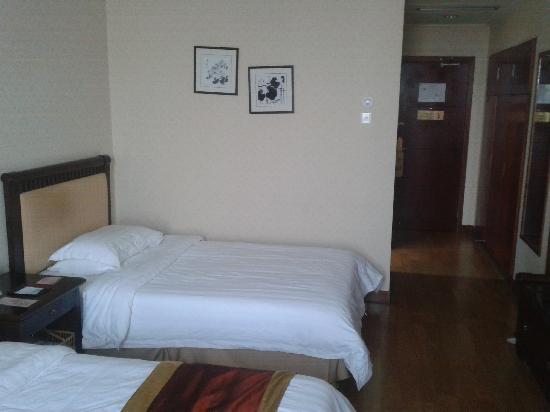 Ling Hai Hotel : 2011-11-15 15