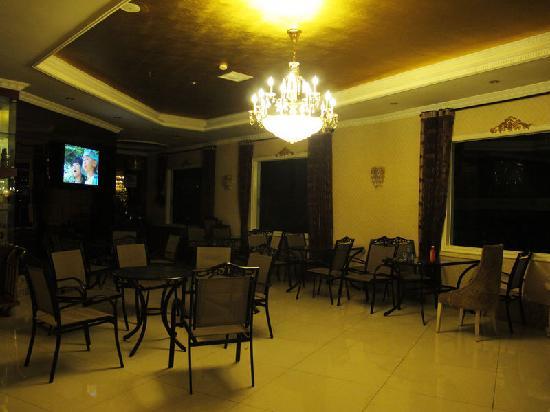 Yijia Inn Chengdu Wuhouci: 酒店大堂