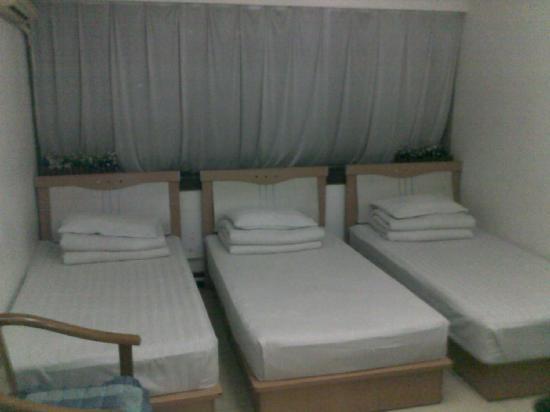 Ruichangyuan Hotel: 20111121157