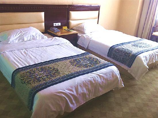 Jinquan Holiday Hotel: C:\fakepath\标准间