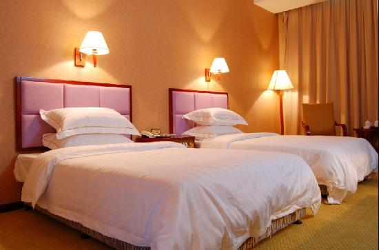 Mingkang Hotel: 3