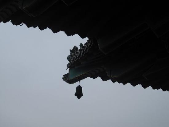 Yuejiang Tower: 铃