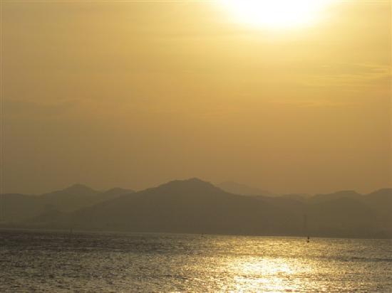Kulangsu Huandao Road : 夕阳下的环岛路海边