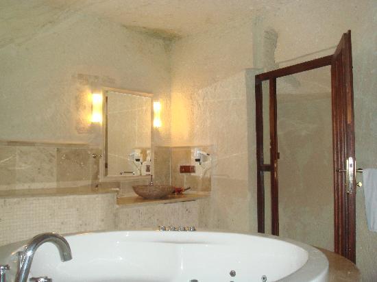 MDC Hotel: 浴室