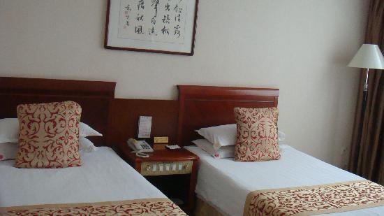 Niucheshui Hotel : 标准间