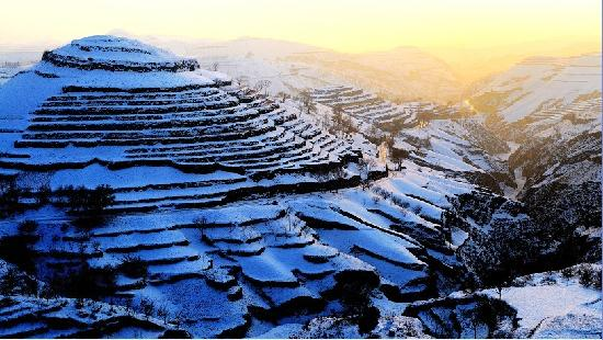 Zichang County, Китай: 肌肤  葛耀摄于安定镇