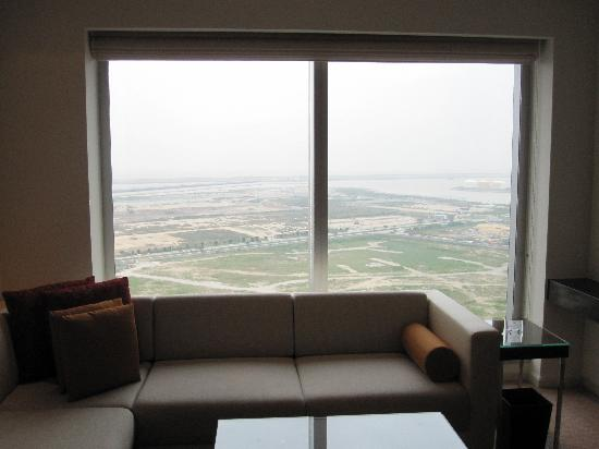 Grand Hyatt Macau: 外间的窗