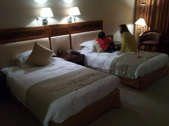 Asia International Hotel: YP20111230225000