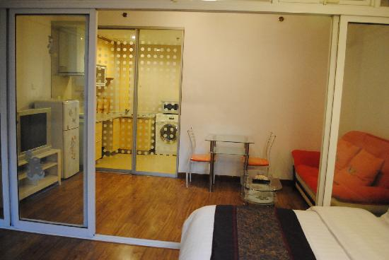 Sidijia Service Apartment Shanghai Shengtiandi: 都市家园圣天地店套间