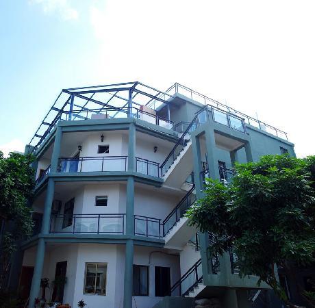Tian'ya International Youth Hostel