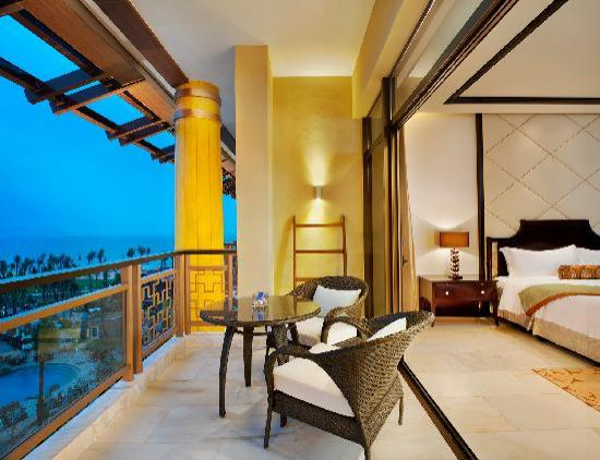 The St. Regis Sanya Yalong Bay Resort: 顶级海景客房