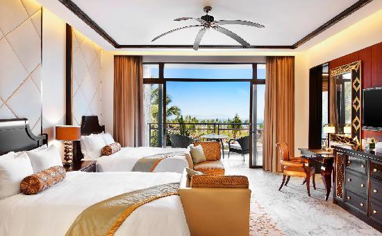 The St. Regis Sanya Yalong Bay Resort: 高级海景客房