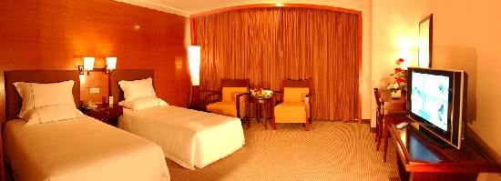 โรงแรมโกลด์: 酒店双床房