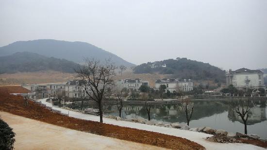 Tianducheng Resort: 酒店阳台外环境
