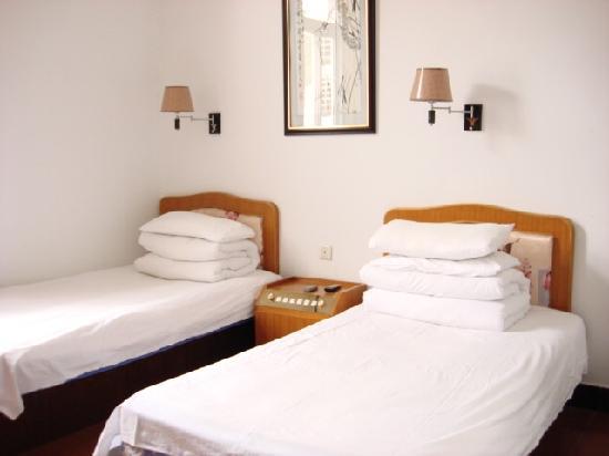 Tingquan Xiaoyuan Hostel: 房间