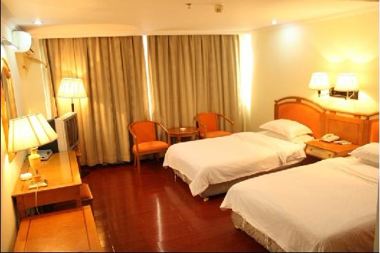 Yecheng Hotel: 椰城宾馆双人间