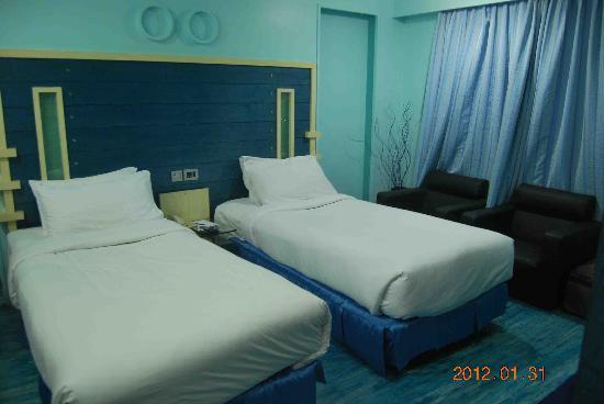 Solitaire Crest Hotel Bangalore