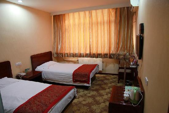 Zhumadian Hotel: 温馨客房