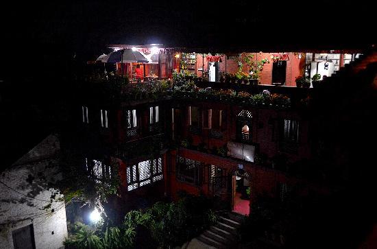 Pagoda Guest House: 老楼