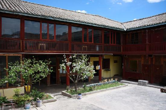 Dragon Cloud Guest House