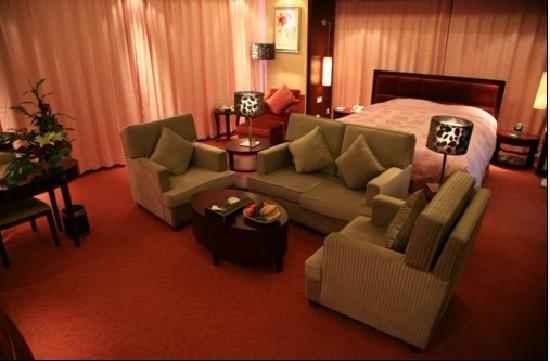 Mingjiang International Hotel : 情侣房