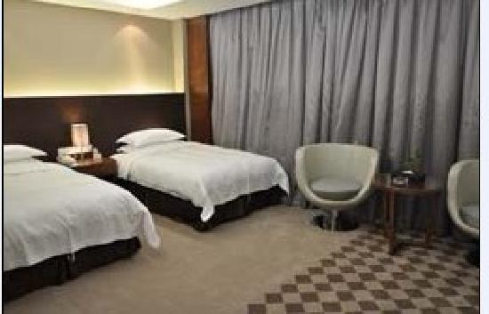 Brilliant Hotel: 酒店双床房