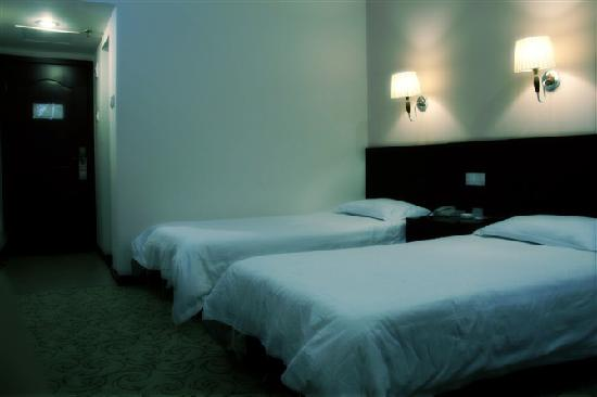 Mingyue Business Hotel: 标间