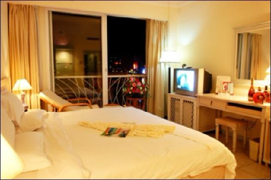 Harvest Qilin Hotel : 豪华大床房