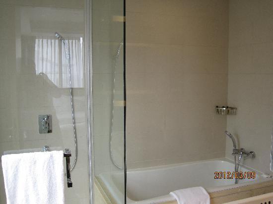 โรงแรมเฟรเซอร์สวีทส์ซูโจว: 主卫
