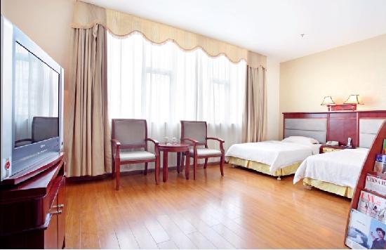 เฮงดอง โฮเต็ล: 客房