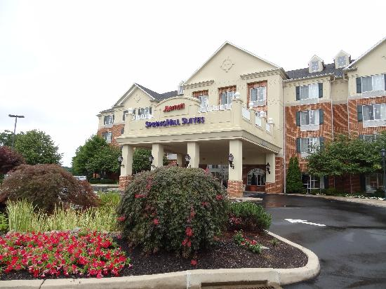 SpringHill Suites State College: DSC00166