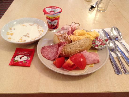 Exe City Park Prague: my breakfast