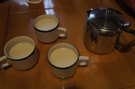Tibet Gorkha Hotel: 酥油茶