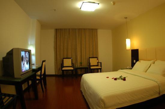 Warmth Hotel
