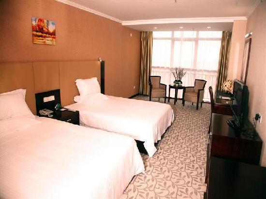 GreenTree Inn Lianyungang East Jiefang Road Business Hotel: 客房