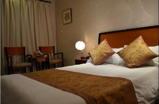 Shanghai Haigang Hotel (Haigang binguan) : 海港宾馆大床房