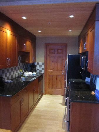 Glacier Lodge : 厨房 Kitchen