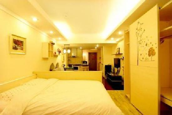 Hengrui International Apartment Hotel: 大床房