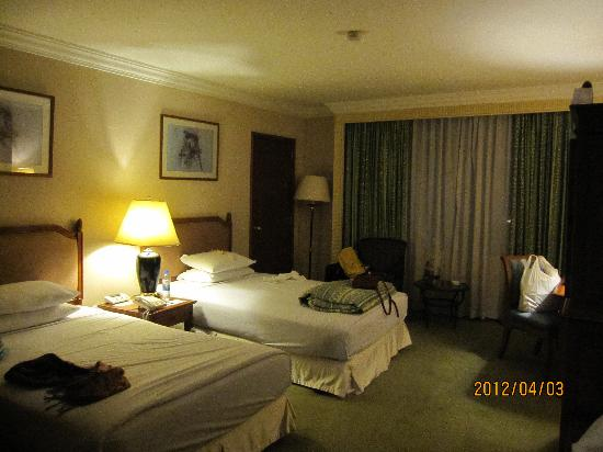 Golden Tulip Sovereign Hotel Bangkok: 客房